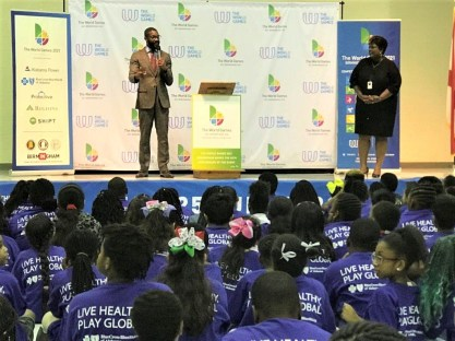 Birmingham Mayor Randall Woodfin joined city school officials, World Games 2021 officials and Blue Cross and Blue Shield of Alabama to kick off the new education program tied to the World Games. (Michael Tomberlin / Alabama NewsCenter)