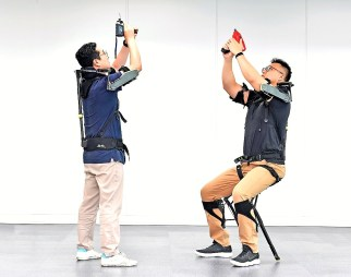 Workers at Hyundai Motor Manufacturing Alabama helped test wearable robot technology and will be among the first in the world to use the commercial version of the Vest EXoskeleton, left, and Chairless EXoskeleton, right. (Hyundai Motor Group)