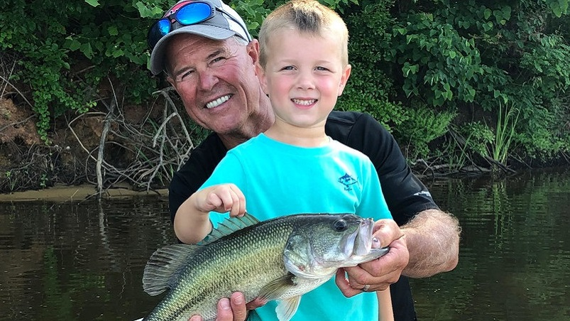 Big fish, happy grandson help Selma fisherman win Best Black Belt Fish Photo Contest