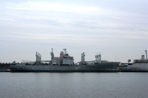 USS Mobile (LKA-115) at Philadelphia Naval Shipyard, 2008. (Bigbird78, Wikipedia)