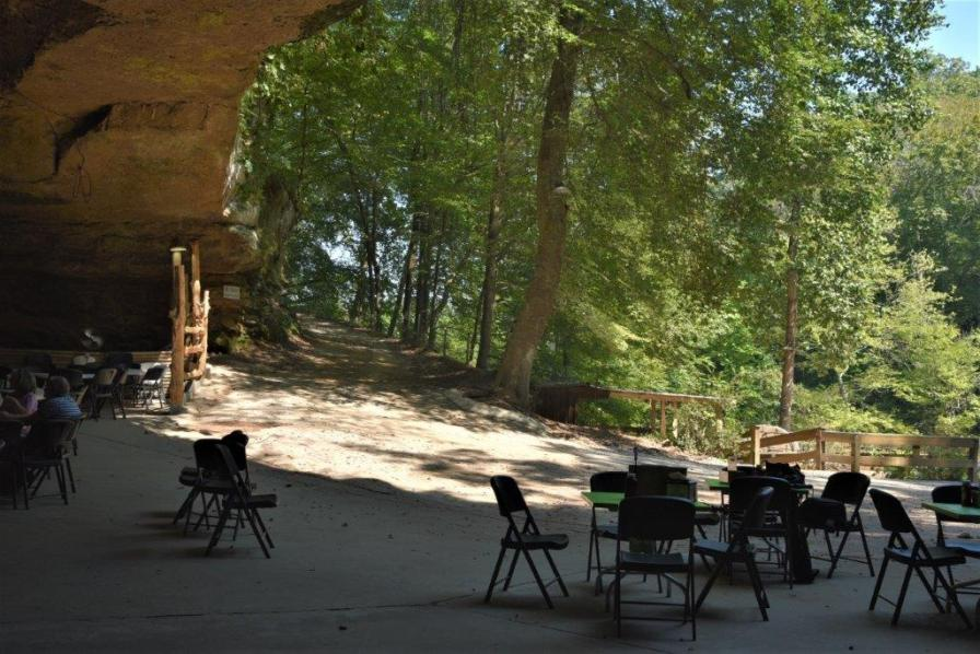 Rattlesnake Saloon's setting inside a cavern makes it one of the most original places for a restaurant in Alabama. (Brittany Faush / Alabama NewsCenter)
