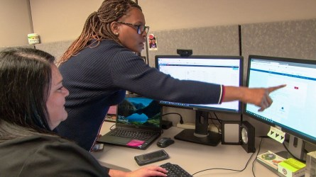 The customer service team at Alabama Power works to make the customer experience as satisfying as possible. (Dennis Washington/Alabama NewsCenter)