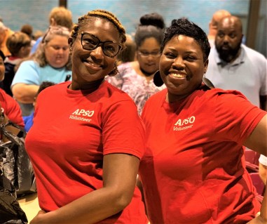 Alabama Power Service Organization members Toni Reed, left, and Jamescia Jackson volunteered at a recent Blessings in a Bag event with Huetyown Community Helpers. (Morgan Jackson / Alabama NewsCenter)