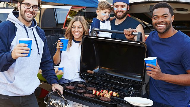 Tailgating food safety tips help keep you in the game