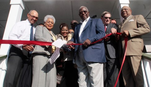 Officials cut the ribbon during ceremonies opening the Hank Aaron Museum at the Hank Aaron Stadium on April 14, 2010 in Mobile, Alabama. From left: Reggie Jackson; Billye Aaron (wife of Hank Aaron); Alfredia Aaron, Hank Aaron; MLB Commissioner Bud Selig, Mobile Mayor Sam Jones. (Photo by Dave Martin/Getty Images)
