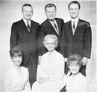 Publicity photo of the Speer family c. 1966. (Pathway Records, Wikipedia)