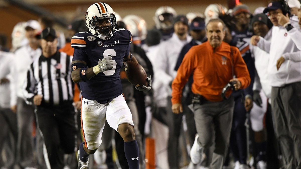 Football preview: Auburn hosts Georgia at Jordan-Hare; Alabama travels to Mississippi State; UAB finally home again vs. UTEP