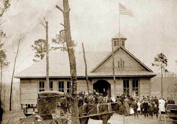 An early-twentieth-century photograph of community members gathered in front of the high school in Heflin, Cleburne County. (From Encyclopedia of Alabama, courtesy of the Alabama Department of Archives and History)
