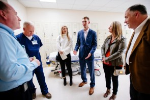 Cole Burton tours UAB Trauma Center and meets with staff. (Bob Shepard/UAB)