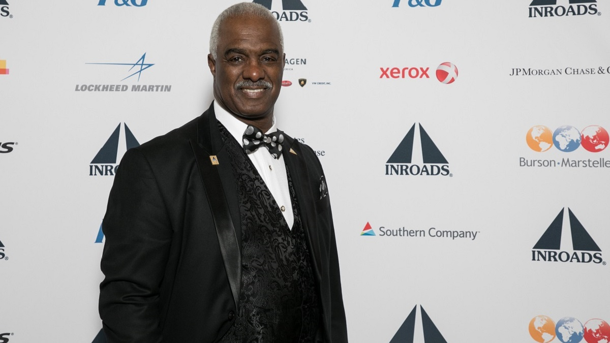INROADS CEO Forest Harper Jr. leads young people from the classroom to the board room