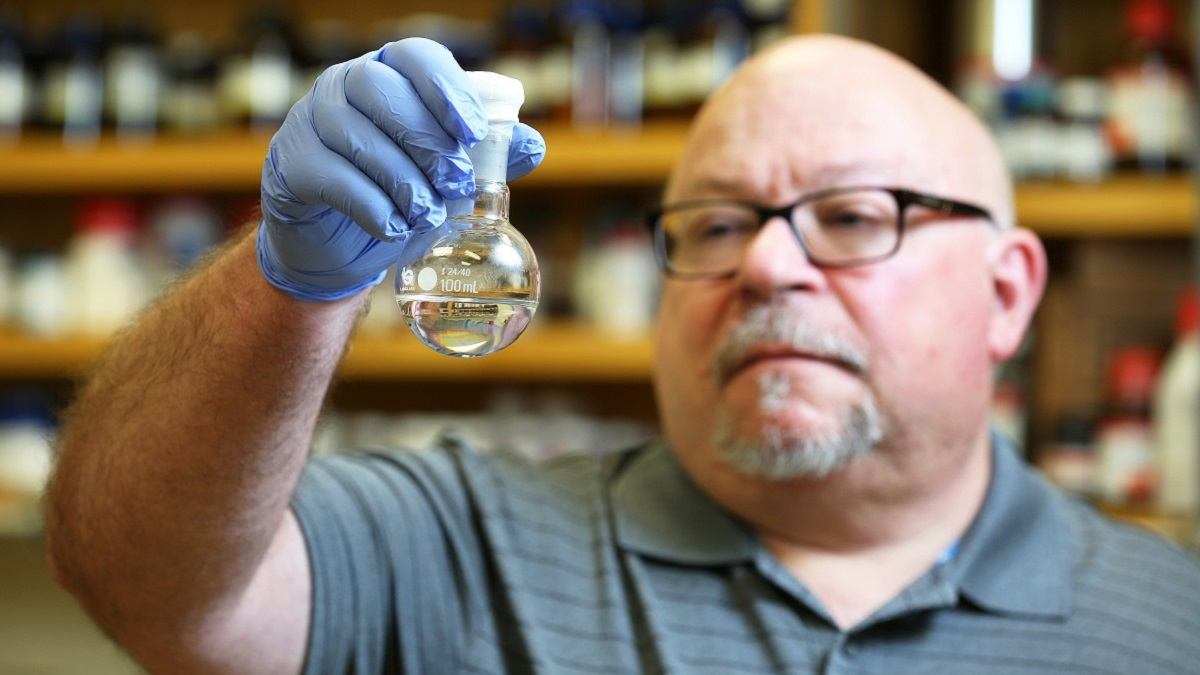 Research funding jumps 43% at University of South Alabama