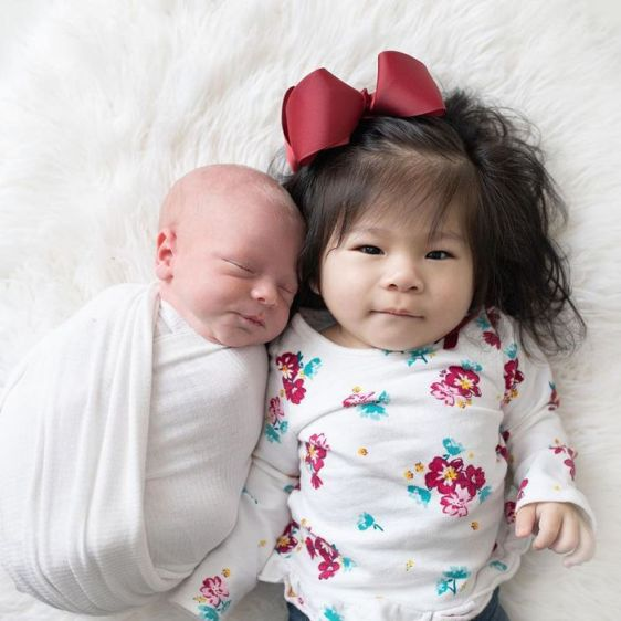 Ava Joye Hays with her newborn brother, Harvey. (Courtesy of Jennifer Hays)