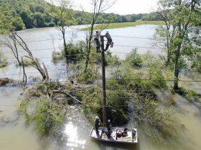 Storm restoration, April 2020 (Morgan Atkins / Alabama Power)