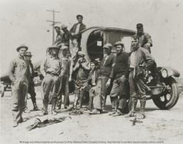 Transmission line crew, 1914. (Alabama Power Company Archives)