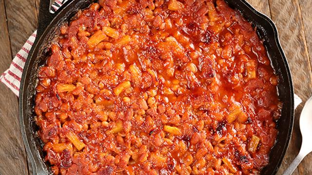 Recipe: Bacon Pineapple Baked Beans