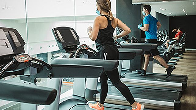 How to stay healthy while working out during the coronavirus pandemic