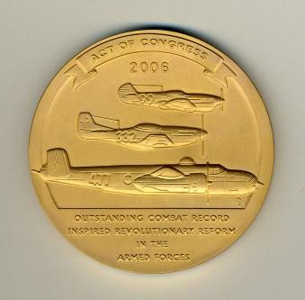 tuskegee-airmen-gold-medal-back
