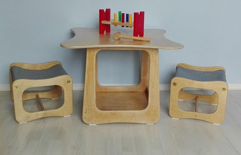 Odnowiony komplet mebelków dziecięcych