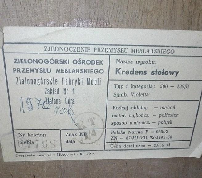 Etykieta meblowa - kredens stołowy
