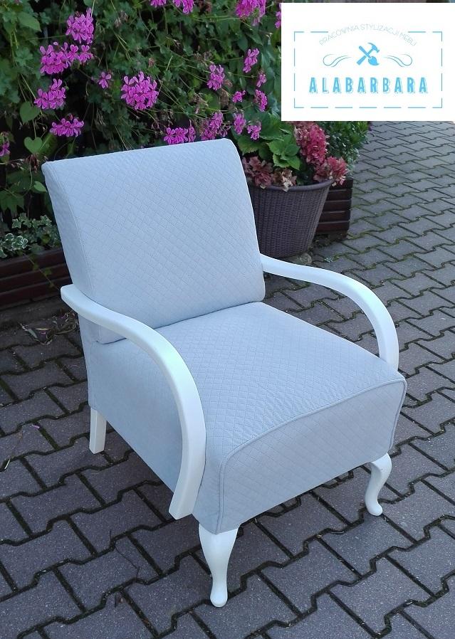 Odnowiony fotel art deco