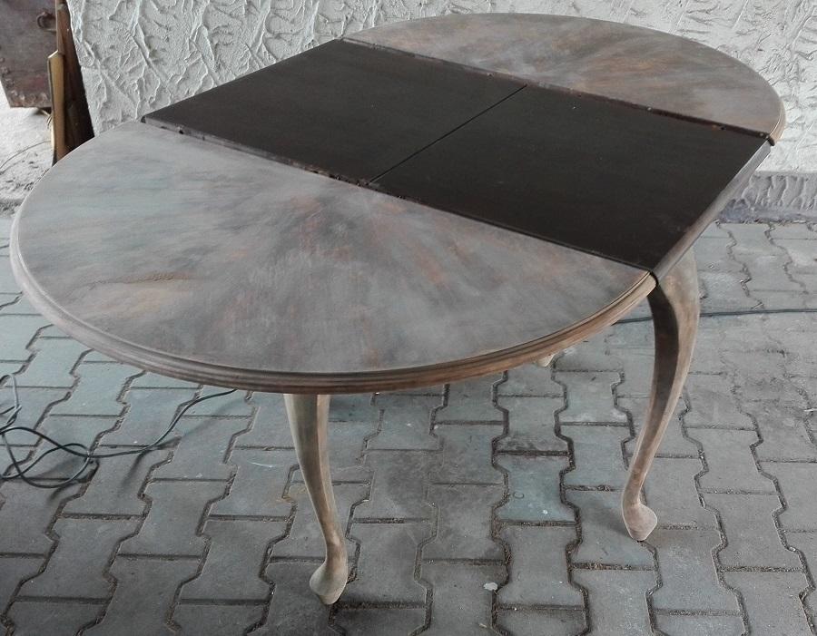 Renowacja okrągłego stołu z lat 40-tych