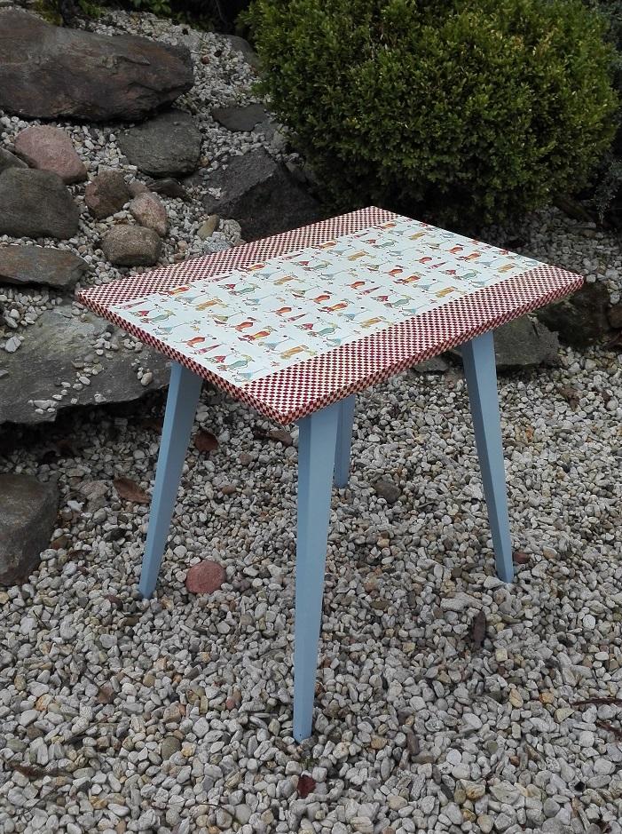 Metamorfoza stolika PRL