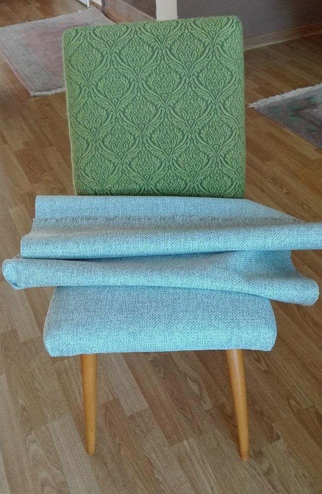Jak obić krzesło bez usuwania starej tkaniny?