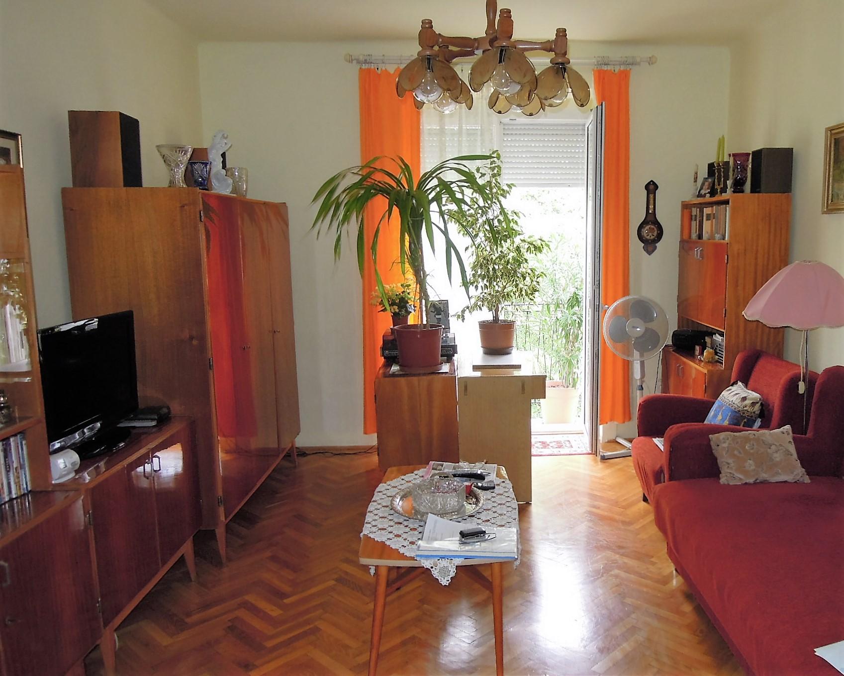 eladó 54nm hasznos alapterületű 2 szobás zuglói lakás