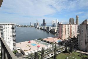 eladó 2 hálós- USA-Florida- Miami-http://alacsonyjutalek.hu/ - Megbízható, megfizethető, minőségi ingatlanközvetítő iroda-tel: 36-30-9843-962