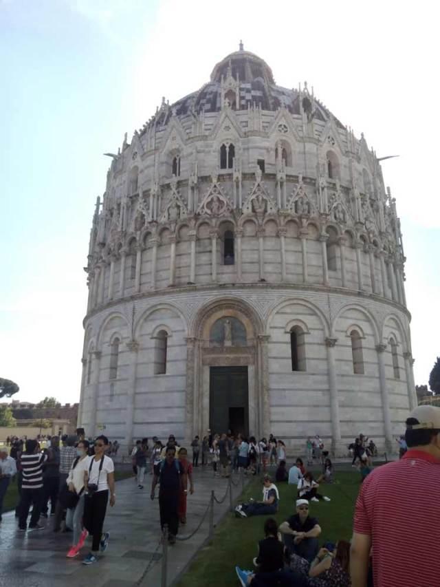 Piazza dei Miracoli, Baptisterio de Pisa