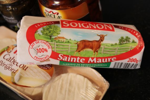Actually, I also threw in some Sainte Maure because I was making a large platter for my father-in-law's 70th birthday party and I didn't have enough cabécou cheese.