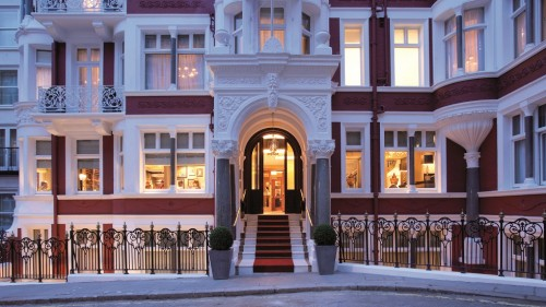 A stay at St James's hotel and club in London: Michelin star in Mayfair hotel