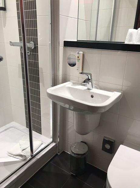 budget hotels london king cross st pancras point a hotel review