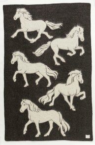 Álafoss Wool Blanket - Jaquard Horse 0102