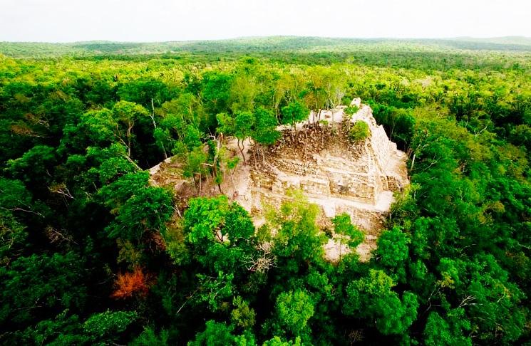 Ichkabal: La Gran Ciudad Maya de Quintana Roo