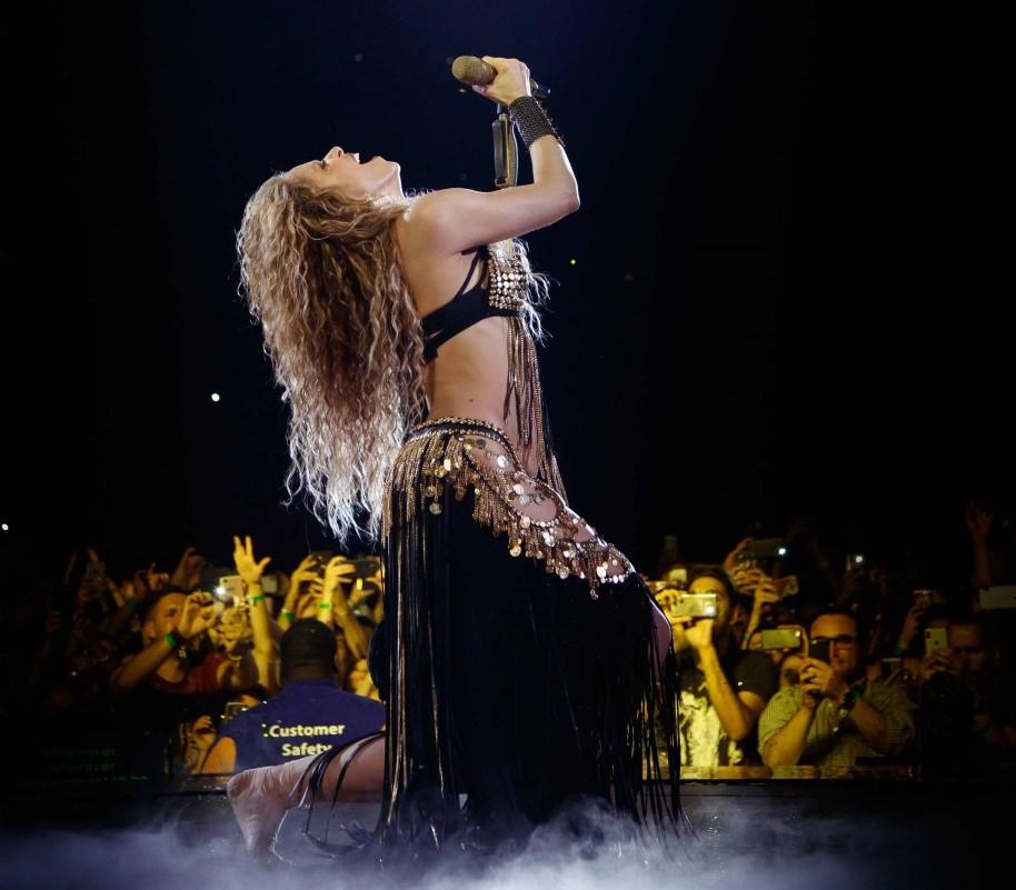 Shakira, la reina del pop latino, visita su continente