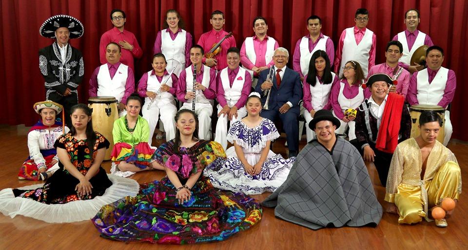 Zapopan presenta a la orquesta ecuatoriana Sinamune en el Centro Cultural Constitución