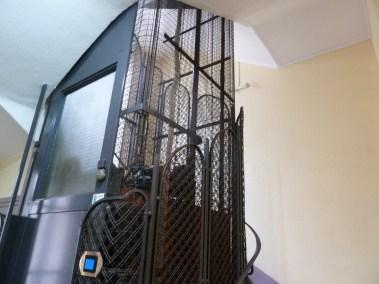 2- Vue de la cage d'escalier