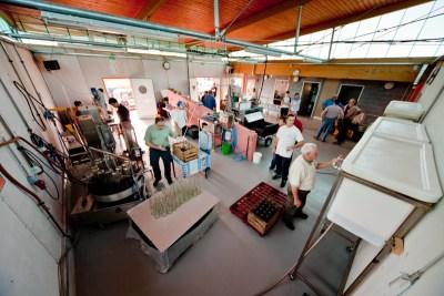 Atelier de jus de pommes à Bietlenheim. © 2009 Madeos images (www.madeos.com)