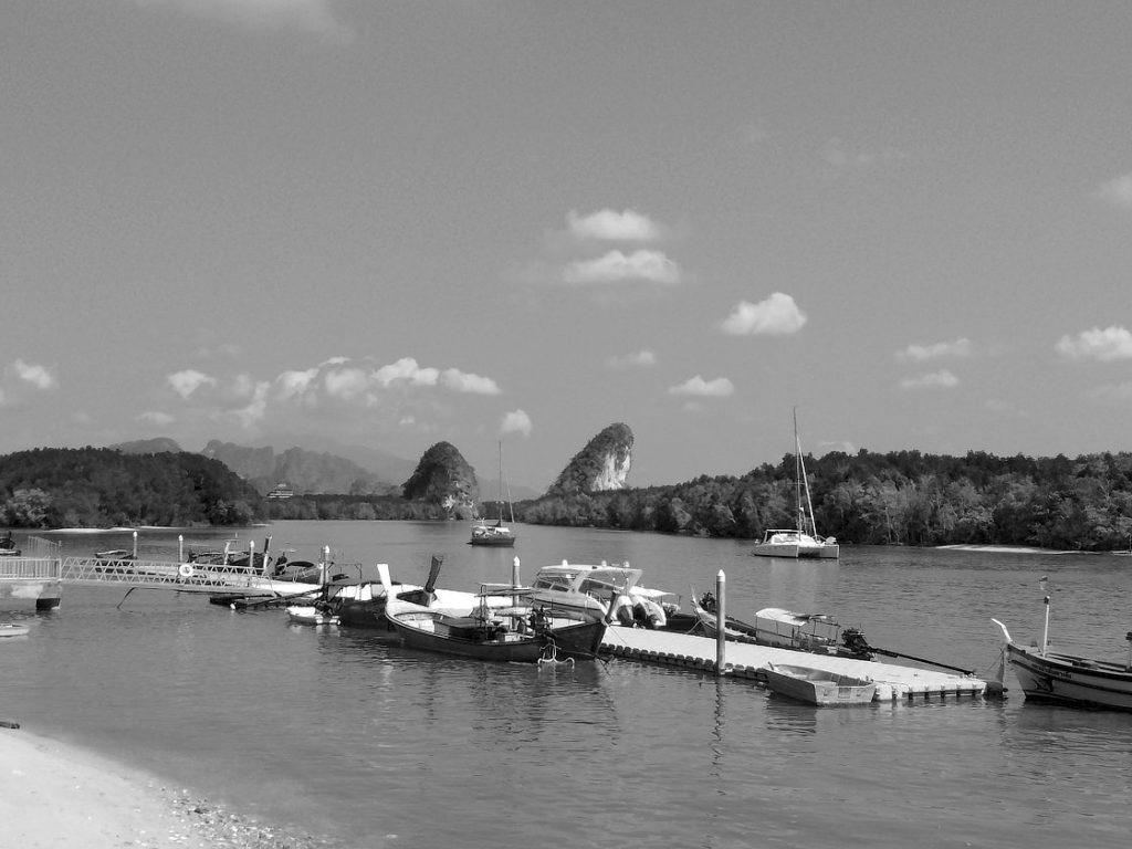 Le port de Krabi et ses célèbres rochers