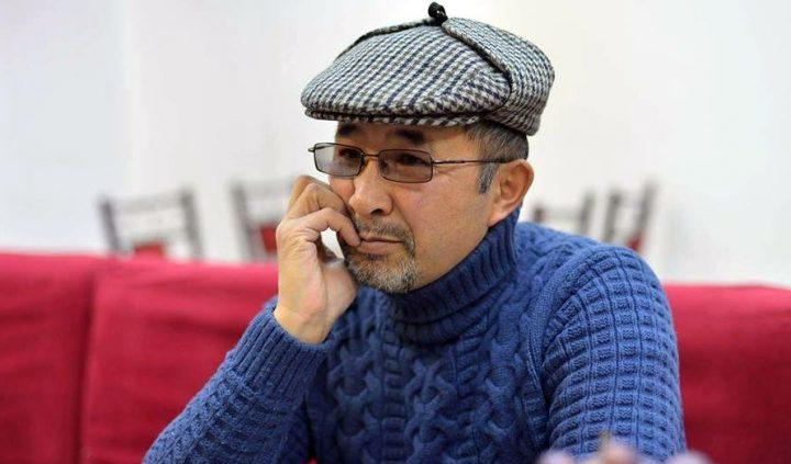 """Олжобай ШАКИР: """"Өзүңдү өзүң кордотууга татыктуу элсиңби, кыргыз?!"""""""