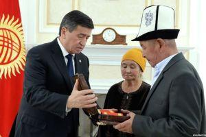 """Сооронбай ЖЭЭНБЕКОВ: """"Уланбектин өлүмүнөн кийин сиздер менен жолугушуу оор болуп турат"""""""