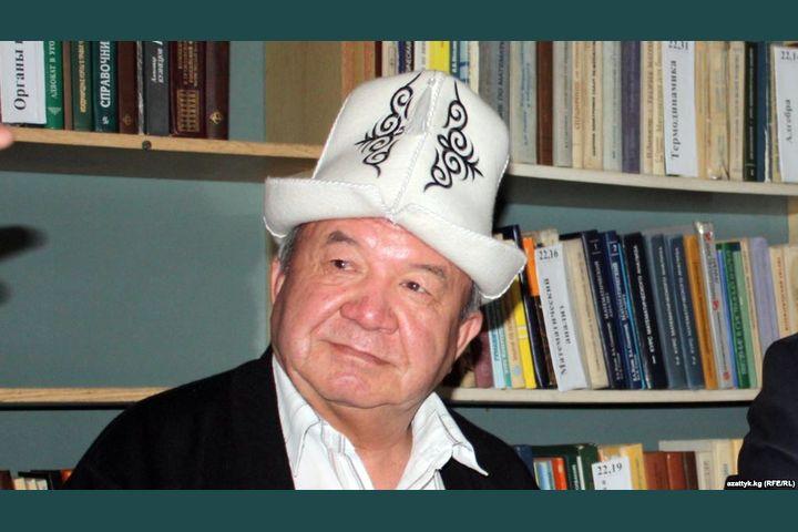 """Шайлообек ДҮЙШЕЕВ: """"Бөлүнгөндөн акыры өлөт, кыргыз!"""""""