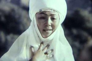 Кайрат ИМАНАЛИЕВ: «Жамал эже, элге жактыӊыз, эми жерге жагыӊыз»