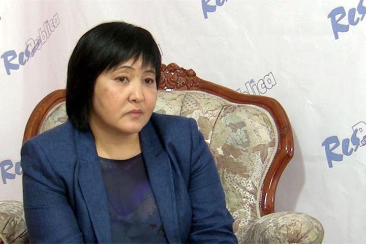 Президентикке талапкер Клара Сооронкулова БШК менен соттошо турган болду. Эмнеге?