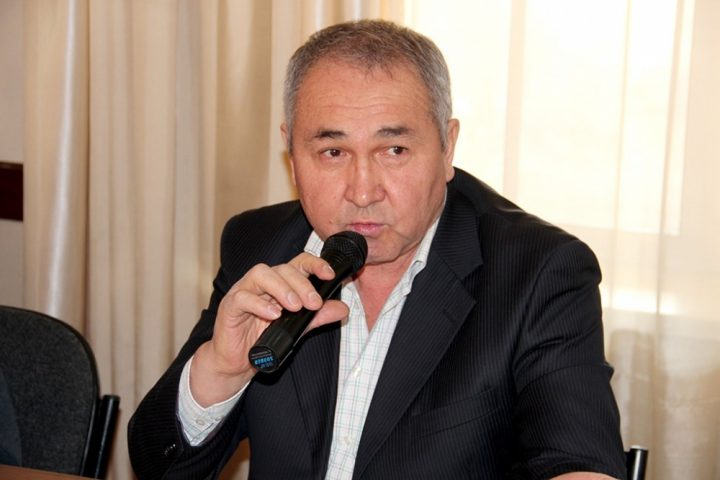 """Булекбаев Бишкекте """"Баарына каршы!"""" акциясын өткөрөт"""