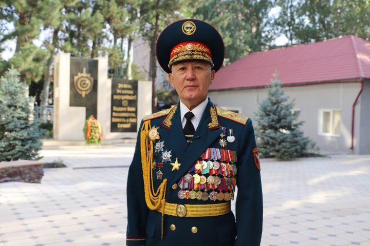 Аширбек БАКАЕВ, генерал-майор: «Бизге Башкы колбашчынын бул колдоосу абдан жакты»