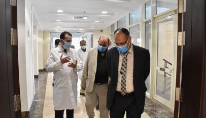 قيادات كلية الطب بجامعة جنوب الوادى يزرون مستشفي شفاء الاورمان بالأقصر