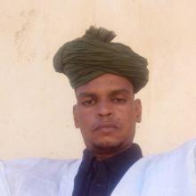 أستاذ اللغة الإنكليزية للتعليم الثانوي في مدينة أطار عاصمة ولاية آدرار عبدو الخطاط