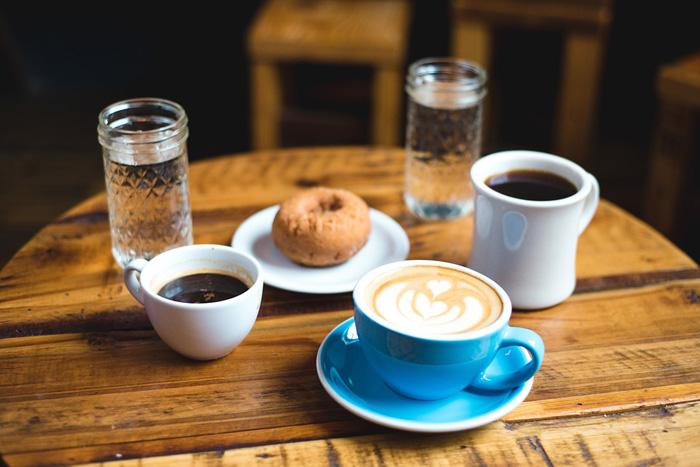 الماء مع القهوة